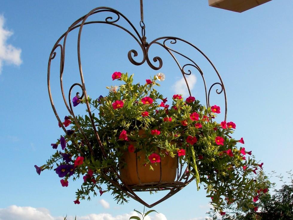 wiszace-kwiaty-na-weselu (1)