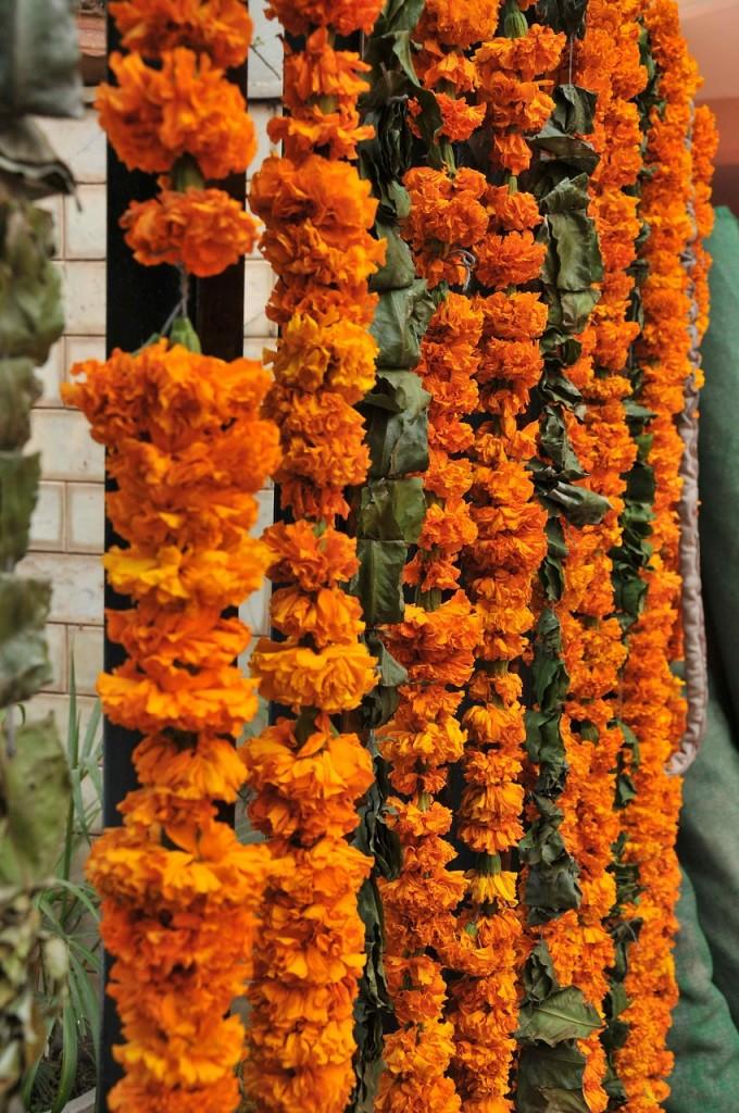 wiszace-kwiaty-na-weselu (2)